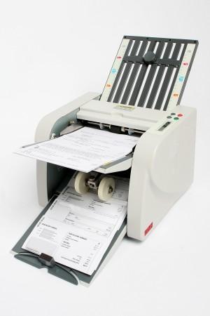 Ledah 230 Paper Folding Machine (price excludes gst)